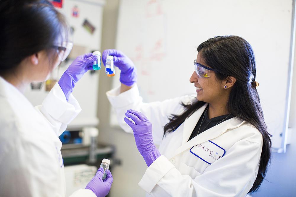Stacy Biochem Lab photo by Elena Zhukova.  Two women doing research in a lab at UC Berkeley.